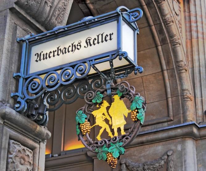 5528338_leipzigauerbachskeller (668x553, 122Kb)
