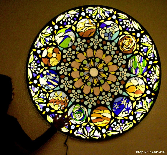 stained-glass-mosaic-light-apieceofrainbow (1) (584x542, 325Kb)