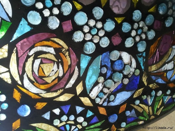 stained-glass-mosaic-light-apieceofrainbow-1 (584x438, 196Kb)