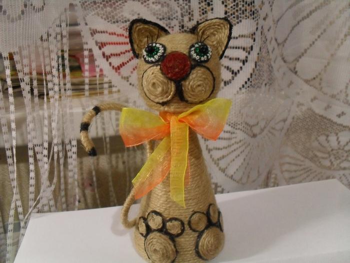 Кот из шпагата своими руками 53