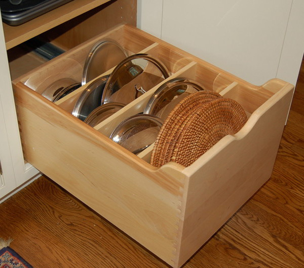 pot-lids-organizer-ideas10-3 (600x530, 259Kb)