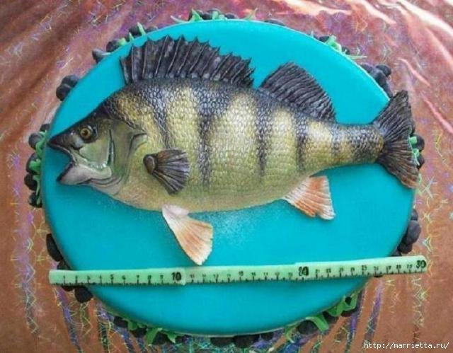Подарок рыбаку - торт с ОКУНЕМ из мастики (12) (640x499, 172Kb)