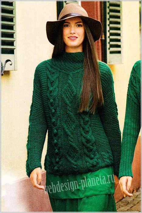 izumrudnyj-zhenskij-pulover-spitsami-s-uzorom-iz-kos-foto (467x700, 388Kb)