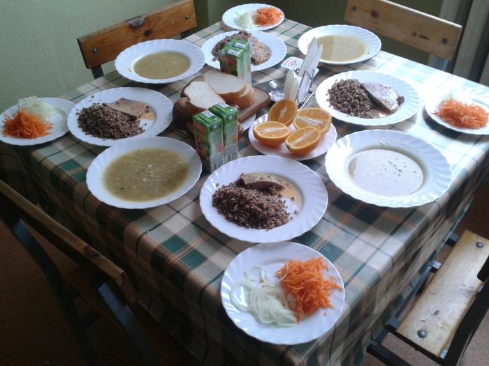 Обед в солдатской столовой/4752619_20141020_133320 (700x525, 284Kb)