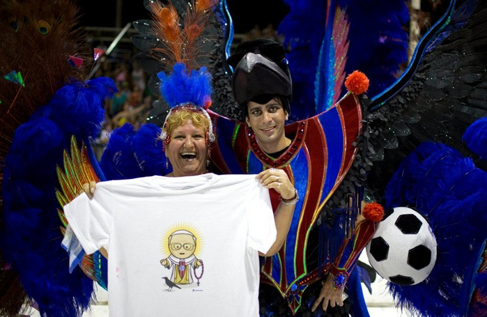 карнавал в честь папы римского аргентина 6 (700x455, 349Kb)