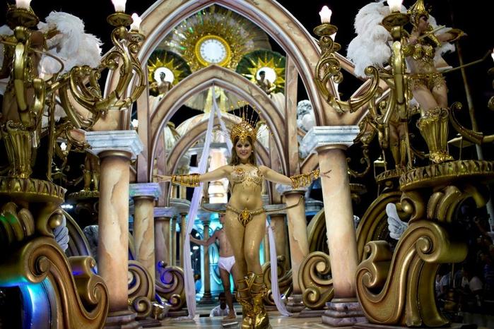 карнавал в честь папы римского аргентина 10 (700x466, 434Kb)