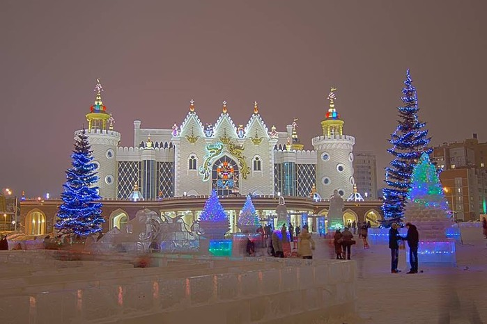 Новогодняя Казань. Театр кукол. Сказка. (700x466, 76Kb)