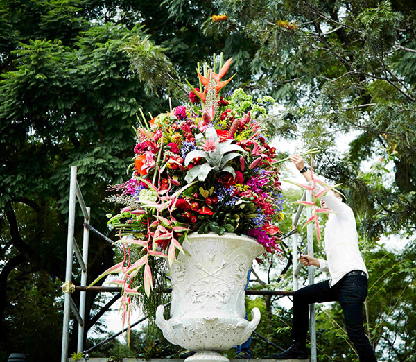 японский флорист Адзума Макото 3 (600x522, 539Kb)