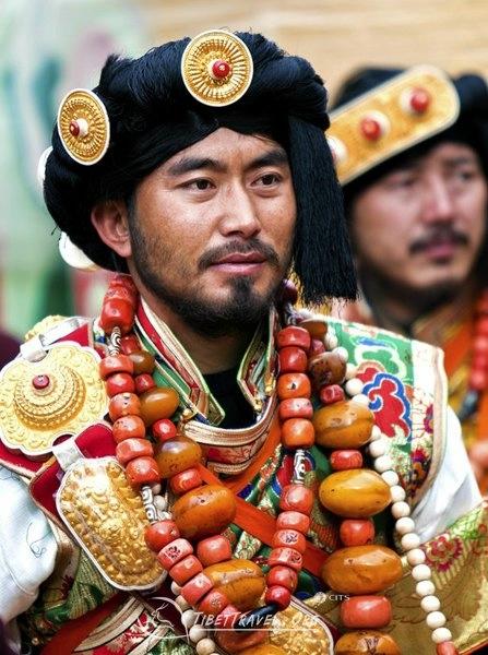 национальные костюмы жителей тибета 10 (447x600, 177Kb)