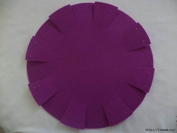 Creative-Ideas-DIY-Easy-and-Pretty-Felt-Basket-7 (604x453, 86Kb)