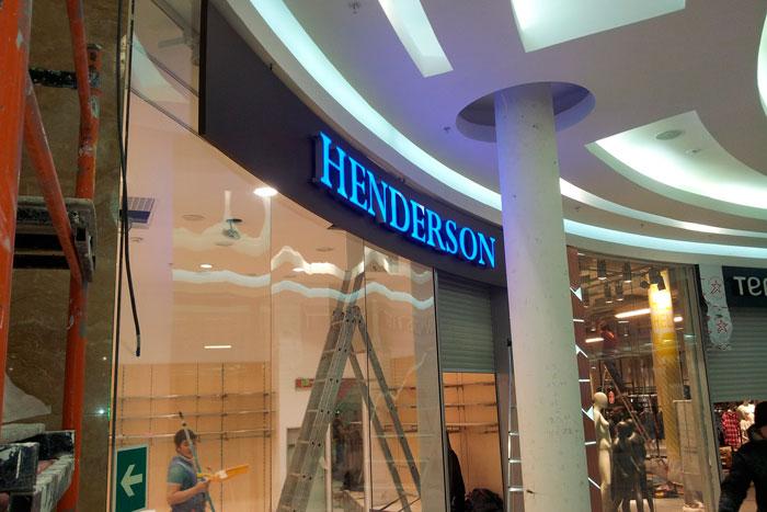 ������� HENDERSON � ������. ������ �����: �������, ����������� �������� ������, ��������, ���������, ������������ - ������������, ������, ������ � ����������� ����������, ����������� ������������ � ������ ��������� �����������. ����������� ������������./4749541_141218_kursk_01 (700x467, 75Kb)