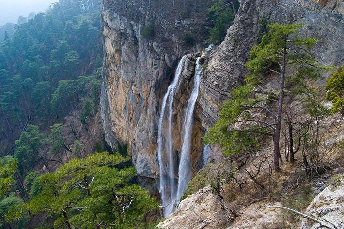 vodopad-uchan-su2 (700x466, 444Kb)