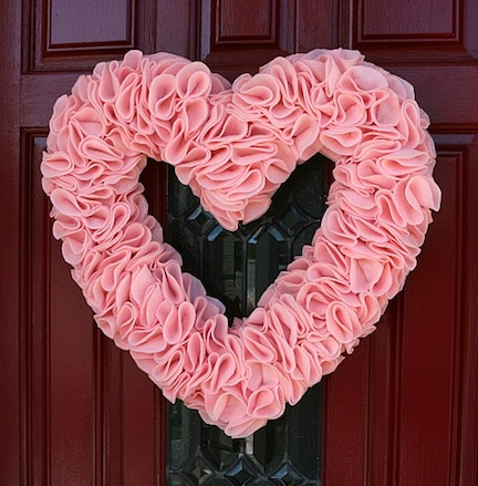 20-Fabulous-DIY-Valentine's-Day-Wreaths03 (432x439, 219Kb)