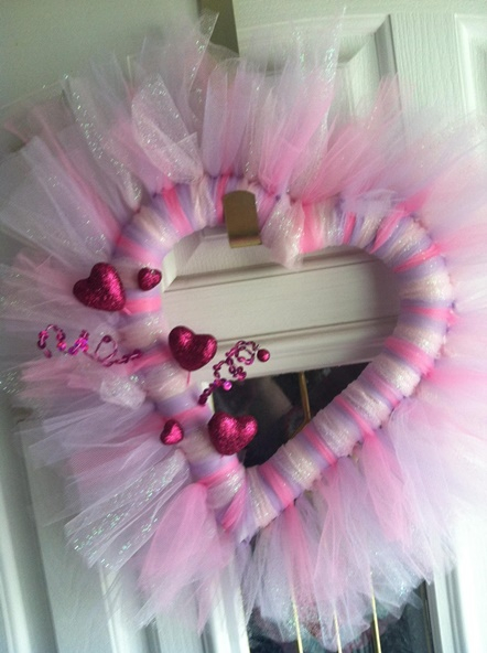 20-Fabulous-DIY-Valentine's-Day-Wreaths007 (442x592, 203Kb)