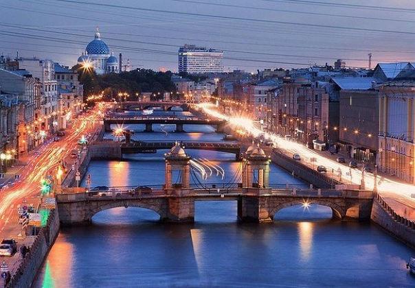 Новогодняя иллюминация Санкт-Петербурга4 (604x420, 228Kb)