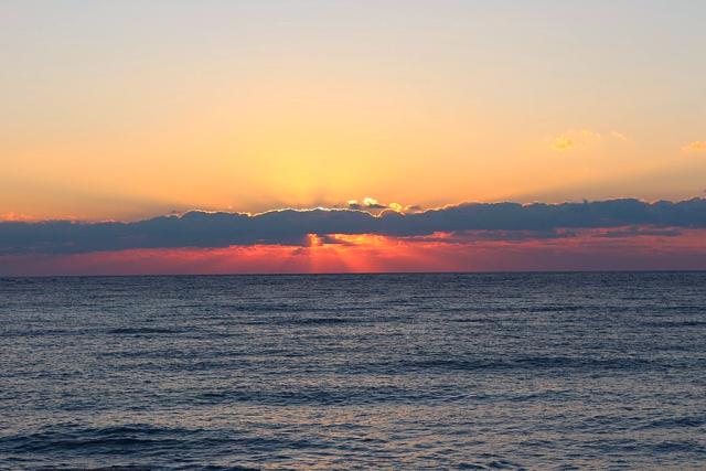 небо в крыму (640x427, 443Kb)