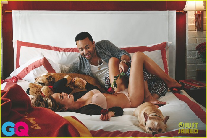john-legend-chrissy-teigen-pose-for-super-sexy-gq-spread-04 (700x468, 83Kb)