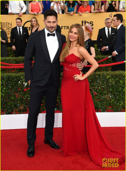 sofia-vergara-joe-manganiello-sag-awards-2015-02 (514x700, 103Kb)