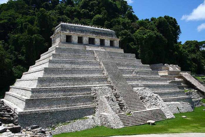 1344964921_palenque_temple (700x466, 373Kb)