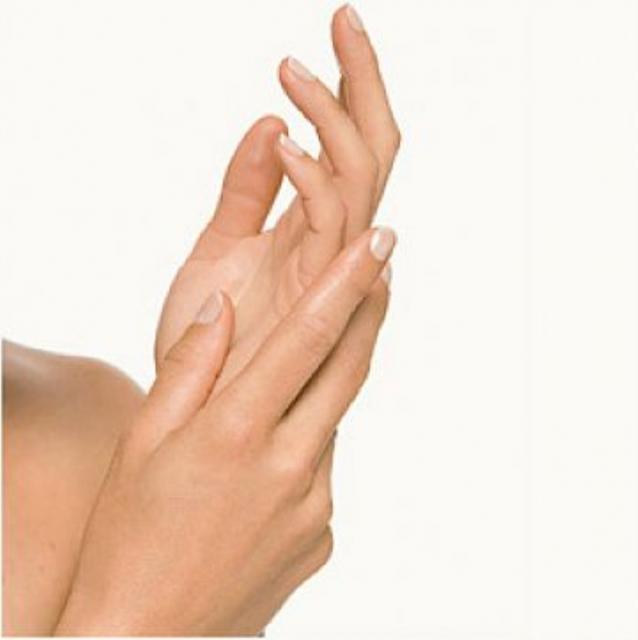 домашний крем для рук, мазь от трещин на руках, что делать с трещинами на руках, как избавиться от трещин на руках, /1422811198_1363264601_massazh2 (638x640, 19Kb)