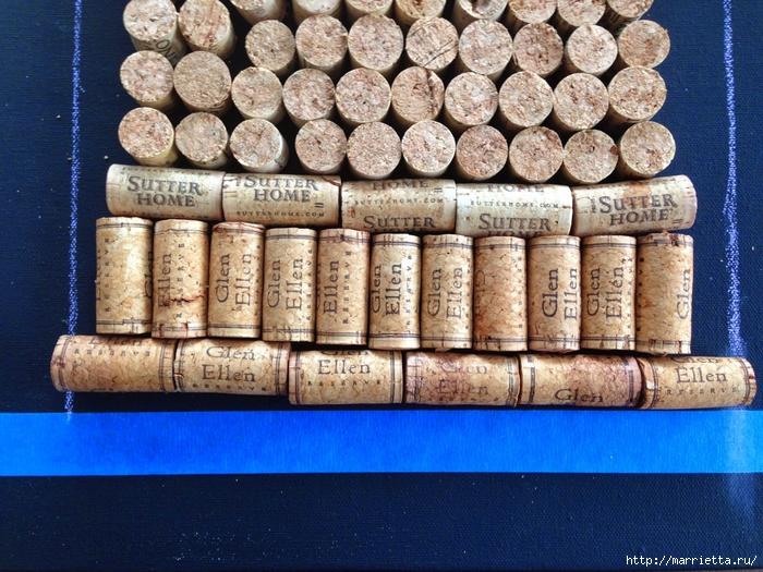 Панно ВИННАЯ БУТЫЛКА из винных пробок (9) (700x525, 370Kb)