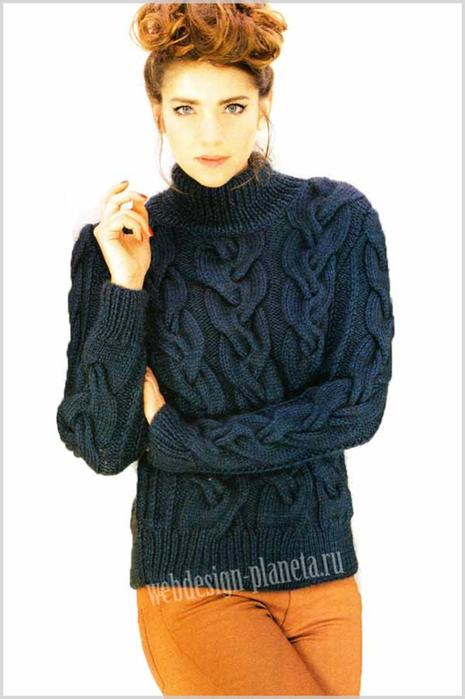 temno-sinij-vyazanyj-sviter-s-shirokimi-kosami-foto (465x700, 210Kb)