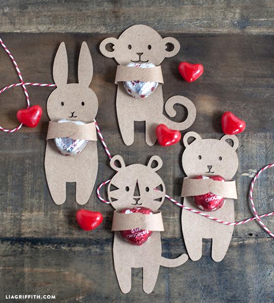 Valentines_DIY_Candy_Hug (560x619, 452Kb)