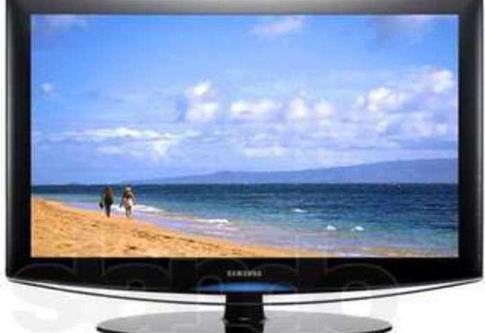 remont-televizorov-kompyuterov-i-monitorov-f2189452 (700x481, 24Kb)