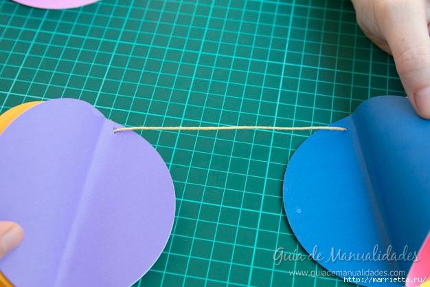 Яркая гирлянда с бумажными воздушными шарами (16) (626x417, 197Kb)