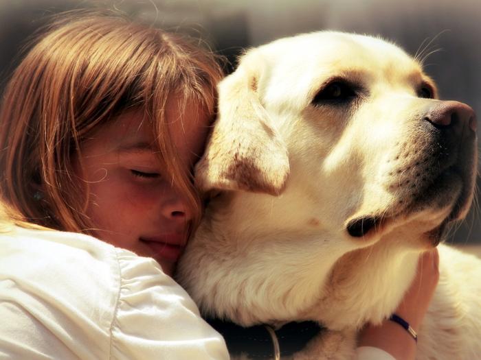 Фото девушки с собачкой 2 фотография