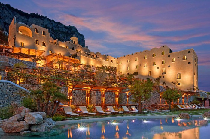 3085196_Monastero_Santa_Rosa_Hotel_01 (700x464, 107Kb)