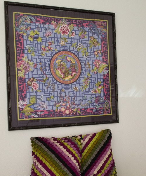 framed-silk-scarves-as-wall-art2-4 (500x600, 277Kb)