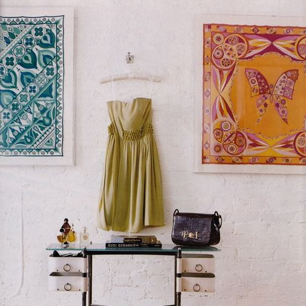framed-silk-scarves-as-wall-art4-3 (600x600, 253Kb)