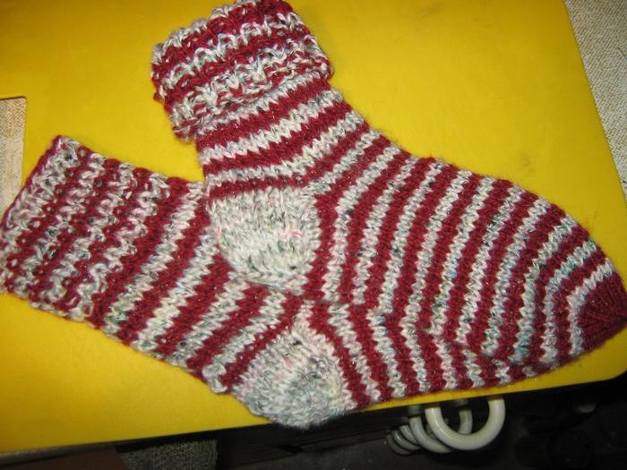 Никуське носочки (700x525, 324Kb)