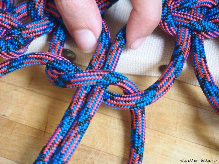 Плетение коврика из веревки (10) (700x525, 340Kb)