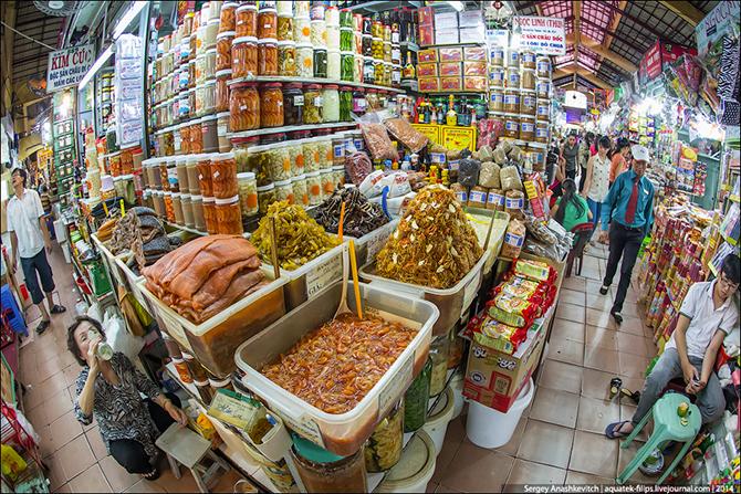 продуктовый рынок в сайгоне 1 (670x447, 745Kb)