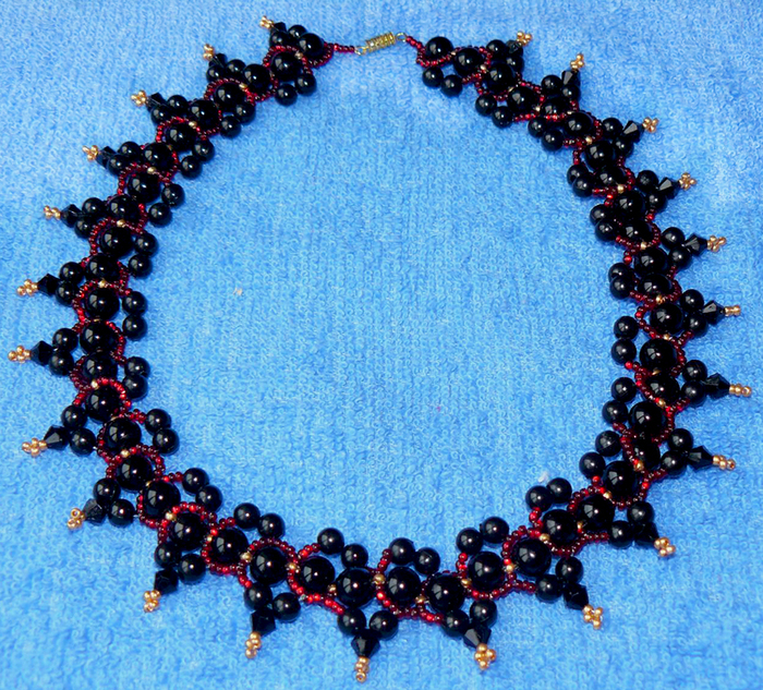 free-beading-tutorial-necklace-pearls-1 (700x633, 671Kb)