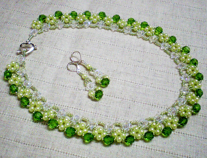 free-beading-tutorial-crystal-necklace-1 (700x535, 310Kb)