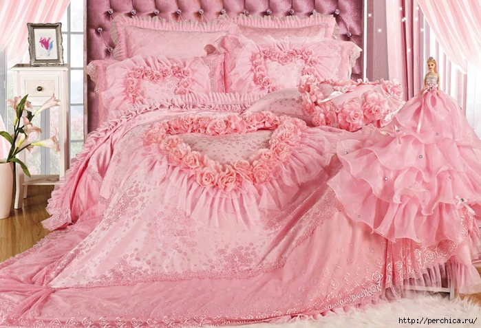 Luxury-romantic-pink-lace-rose-bedding-sets-modern-wedding-bedding-quality-comforter-set-king-size-9 (2) (700x477, 313Kb)
