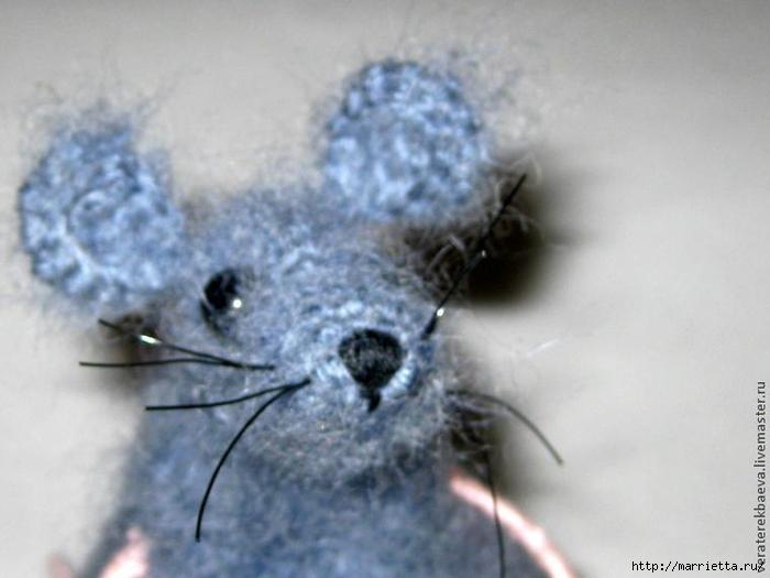 Мышка Сонечка спицами. Описание и мк (14) (700x525, 179Kb)