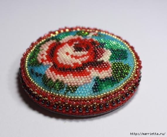 Вышиваем бисером. Игольница Розовый Сад (14) (570x467, 173Kb)