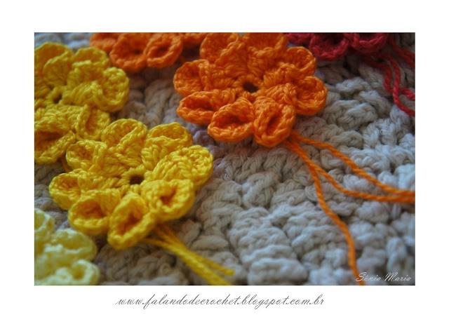 FLORES DE CROCHE CONE AMARELAS CROCHET FLOWERS YELLOW (640x452, 145Kb)