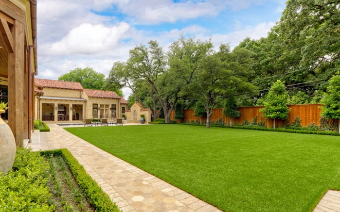 lawn (700x437, 382Kb)
