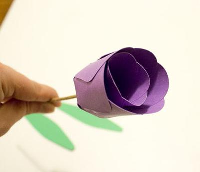 Детское творчество к 8 марта. Тюльпаны из бумаги (5) (400x344, 70Kb)