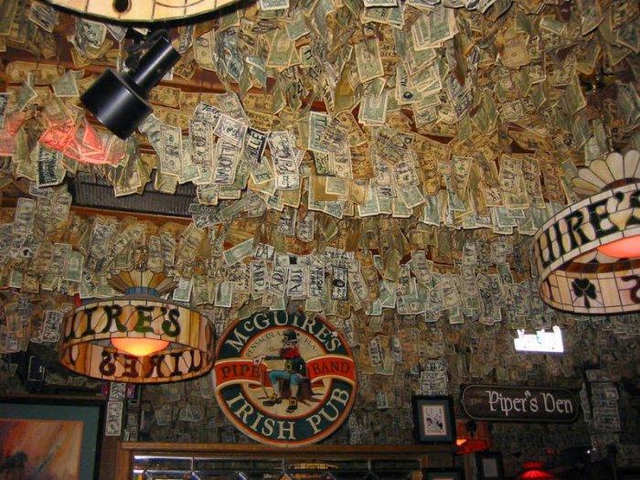 McGuire's Irish Pub долларовый интерьер ирландского паба 9 (700x525, 433Kb)