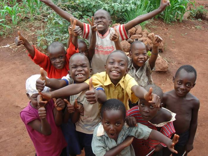 happy-african-children[1] (700x525, 455Kb)