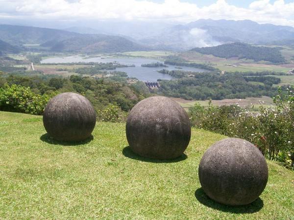каменные-шары-коста-рики-1 (600x450, 105Kb)