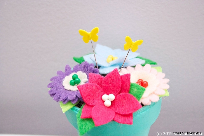 Sew Can Do Pin Garden Pincushion Closeup_zpsn4dvffrt (700x466, 197Kb)