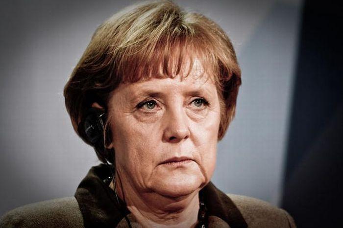 Меркель (700x466, 172Kb)