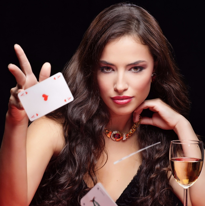 casino_girl2 (697x700, 437Kb)